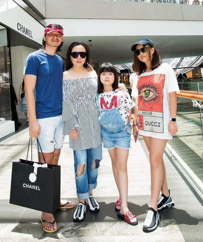 "De lo mat moc, con gai Phuong Chanel duoc khen ""xinh hon me""-Hinh-10"