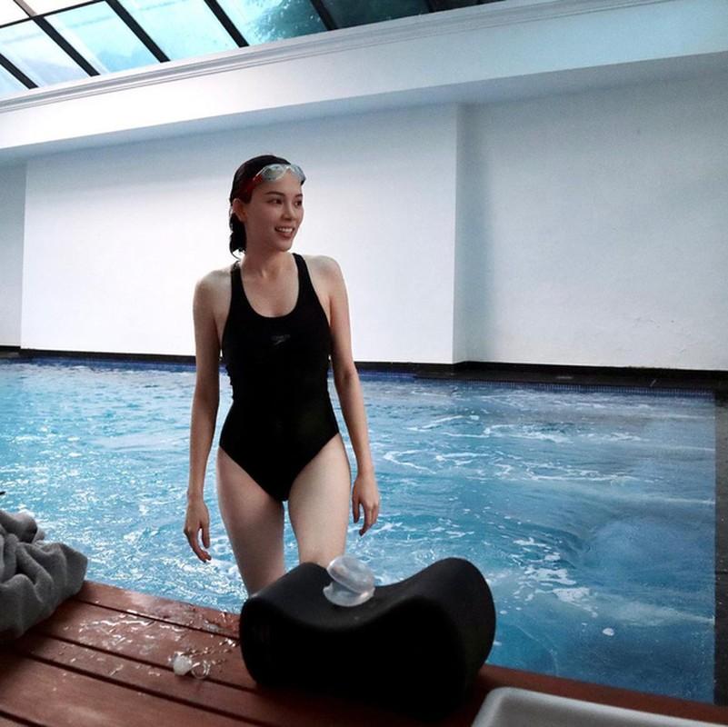 Hiem khi dien bikini, chi dau tuong lai Tien Nguyen lo body cuc xin-Hinh-2