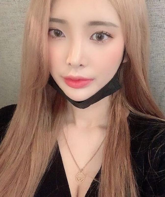An mac phan cam ngoi quan net, netizen chi trach nang ne-Hinh-9