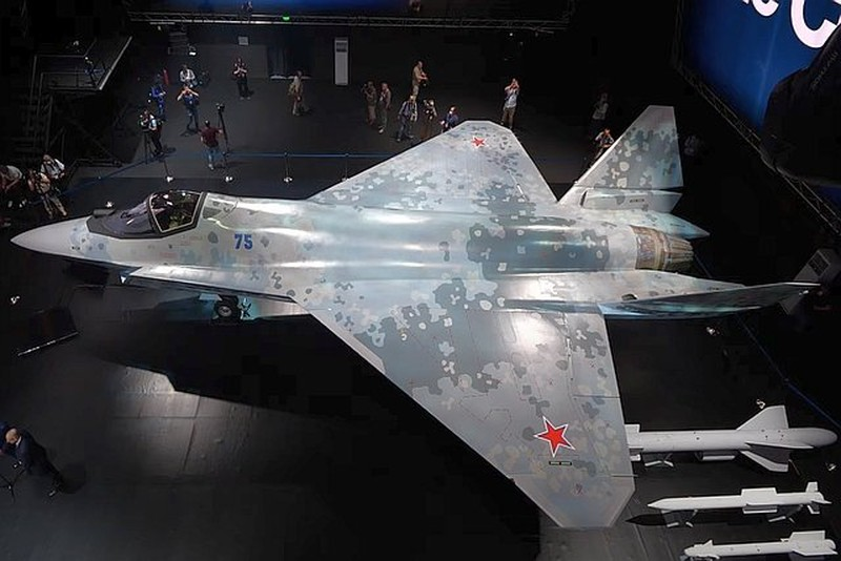 Tiem kich Su-75 lieu co dam vao vet xe do cua T-14 Armata?-Hinh-3