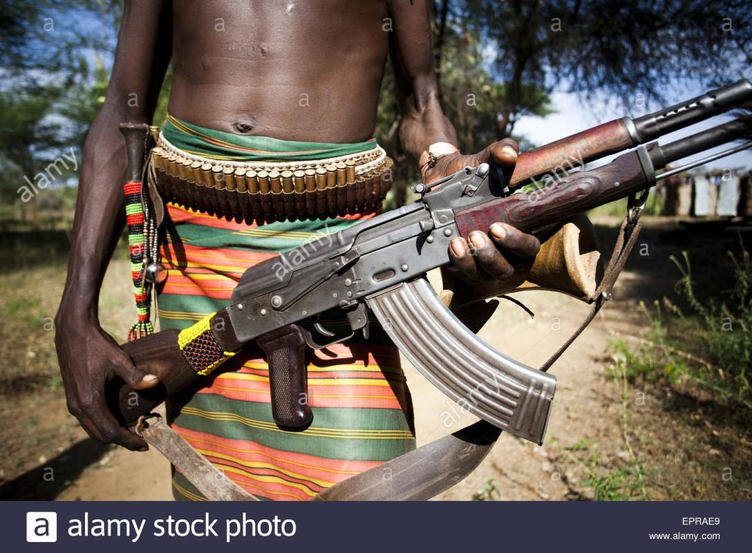 5 quoc gia san xuat sung truong tan cong AK-47 te nhat-Hinh-17