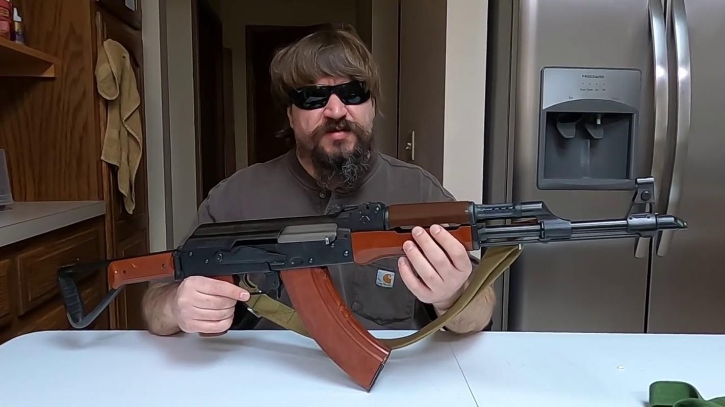 5 quoc gia san xuat sung truong tan cong AK-47 te nhat-Hinh-3