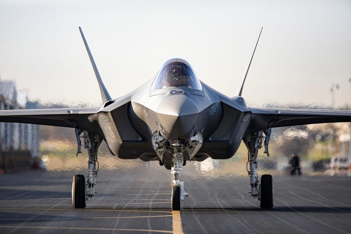 F-35 tien sat bien gioi Nga, san sang dung do S-400-Hinh-3
