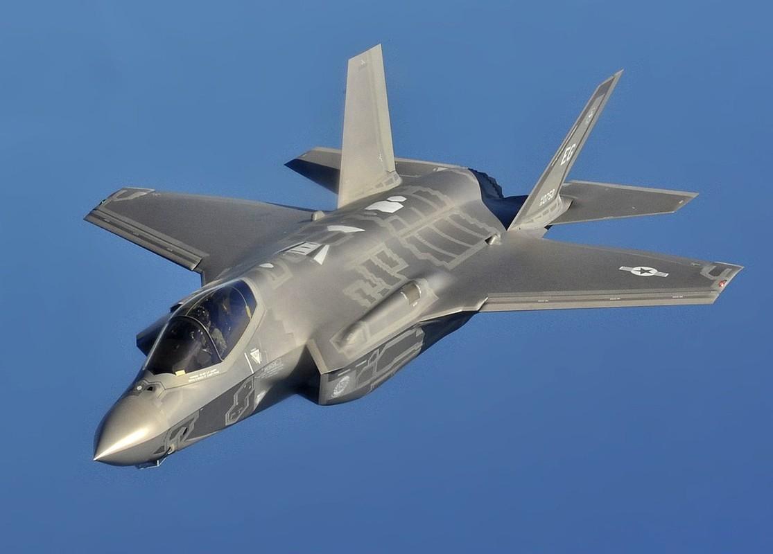 F-35 tien sat bien gioi Nga, san sang dung do S-400