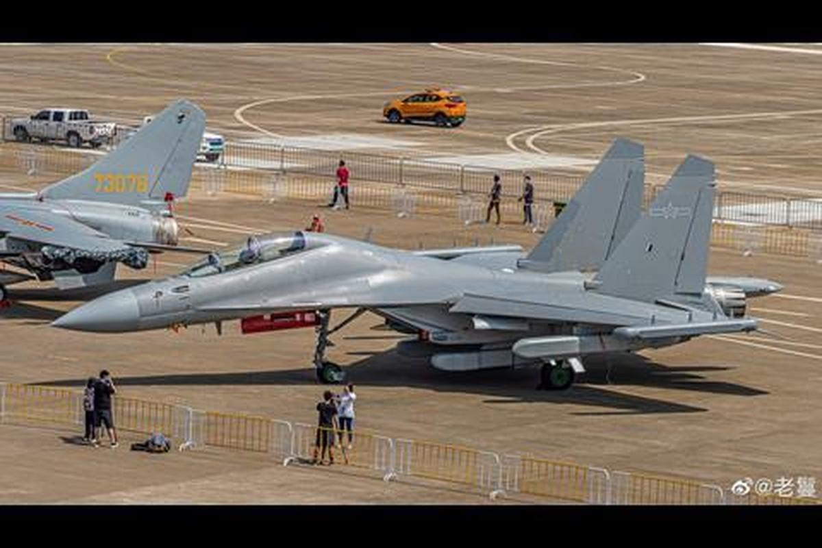 May bay tac chien dien tu J-16D Trung Quoc co de doa duoc My?-Hinh-6