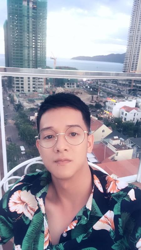 """Bi chup trom, chang CSGT dien trai bat ngo """"sang nhat MXH""""-Hinh-3"""