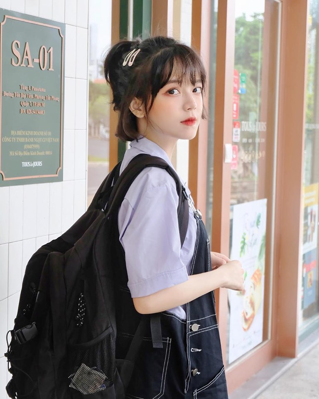 Bi nham la hot girl Trung Quoc, gai xinh DH Hoa Sen len tieng-Hinh-2