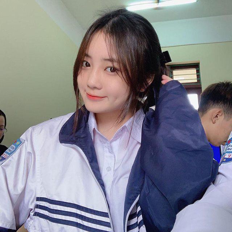 Nu sinh Bac Ninh dep chang kem hot girl chiem song MXH-Hinh-2