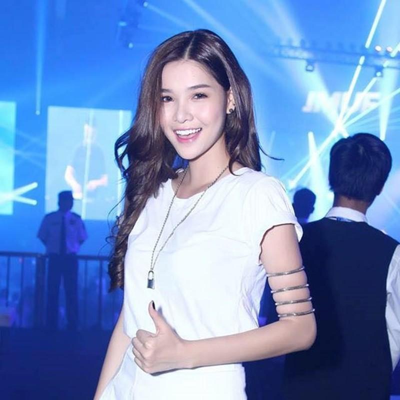 NHM la o truoc dien mao moi cua Ky Han sau phau thuat tham mi-Hinh-7
