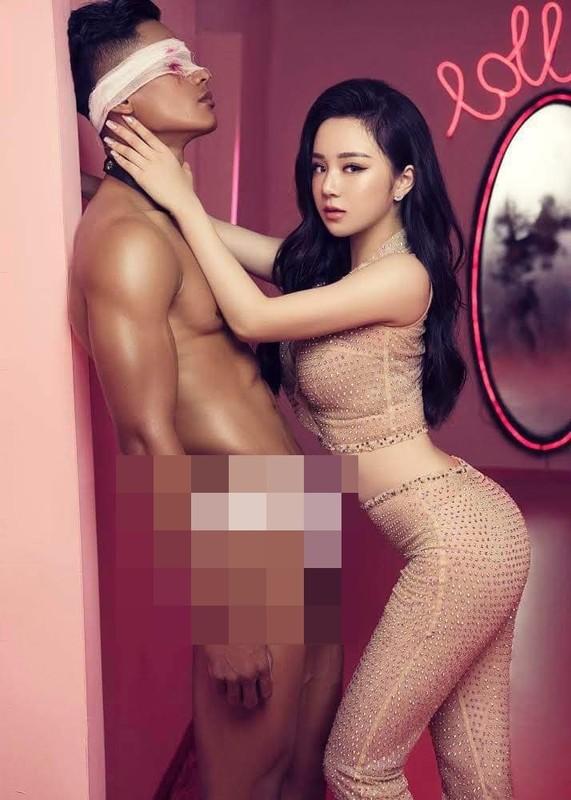 """Hot girl ngu gat"" he lo poster MV: Bi che phan cam, chieu tro-Hinh-3"
