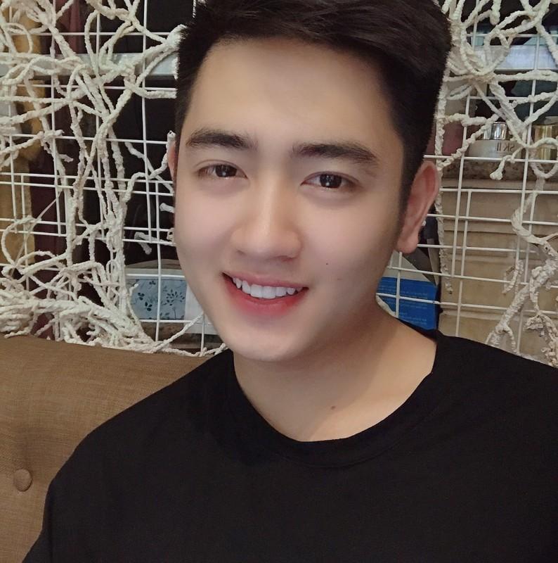 Hot boy truong Canh sat: Dep trai, da trang, dan gioi, hat hay-Hinh-7