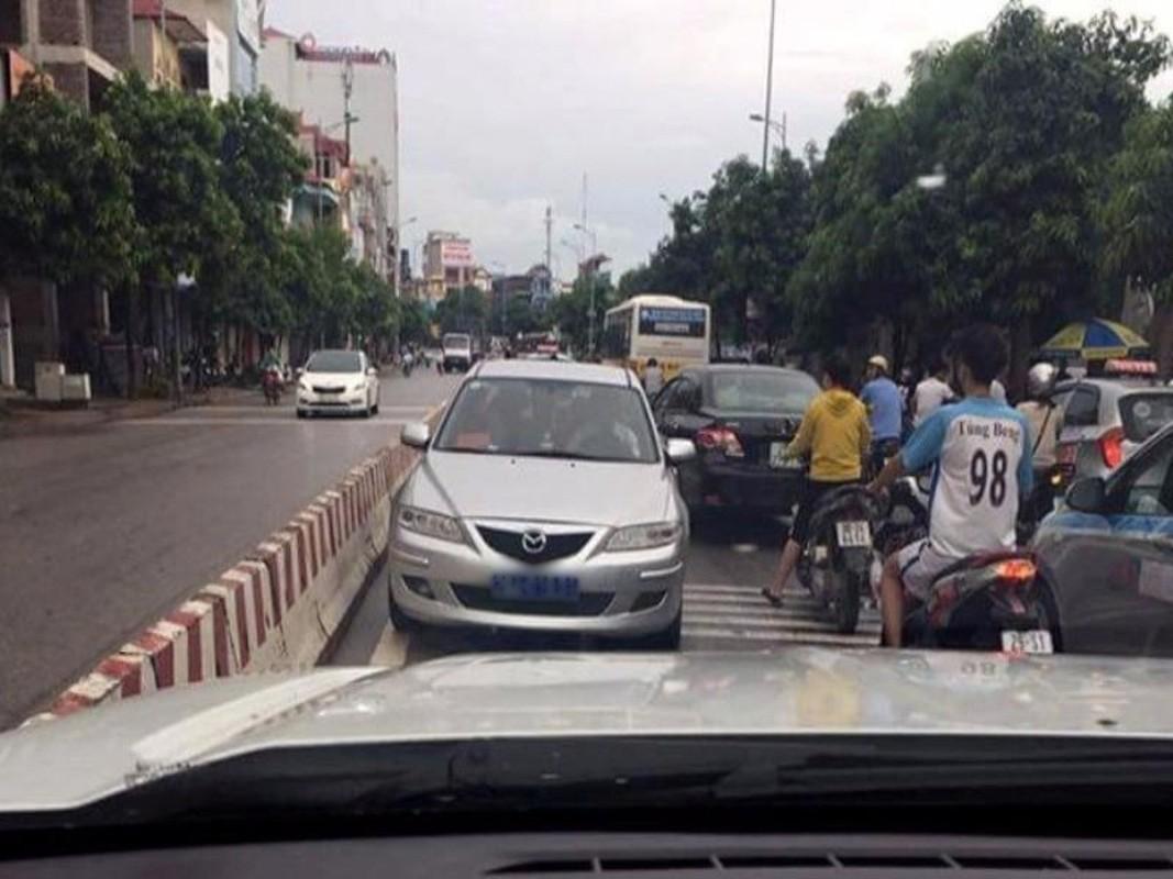 Tai xe lai o to va nhung hanh dong vo y thuc kho chap nhan-Hinh-5