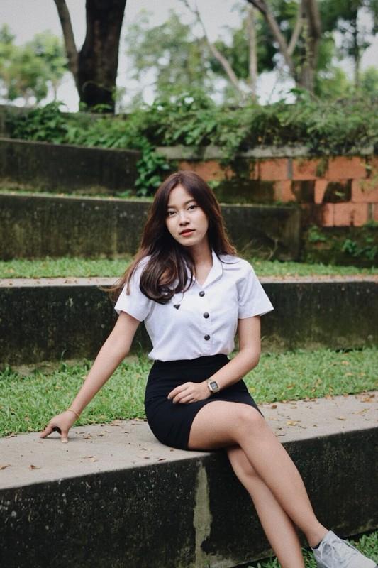 """""""Phat sot"""" nhan sac nu phong vien Thai Lan theo chan doi tuyen Viet Nam-Hinh-8"""