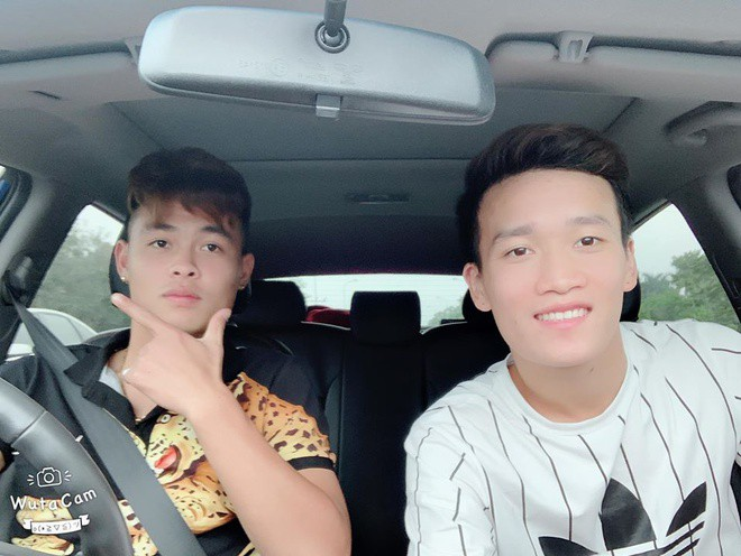 "Duc Chien - Hoang Duc lo anh than mat, fan duoc dip ""day thuyen"" nhiet tinh-Hinh-6"