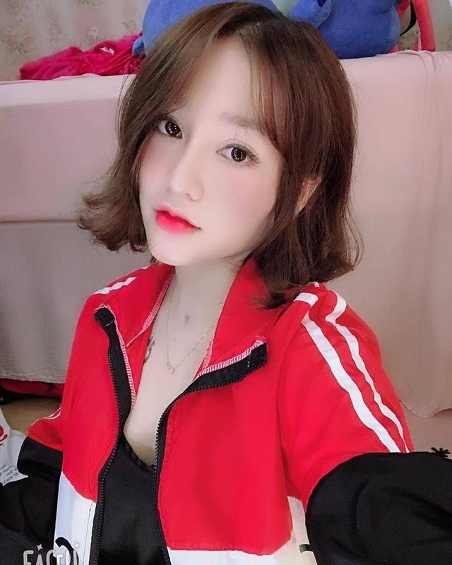 "Diem mat dan hotgirl Viet ""lanh dan"" clip nong nhu Ngan 98"