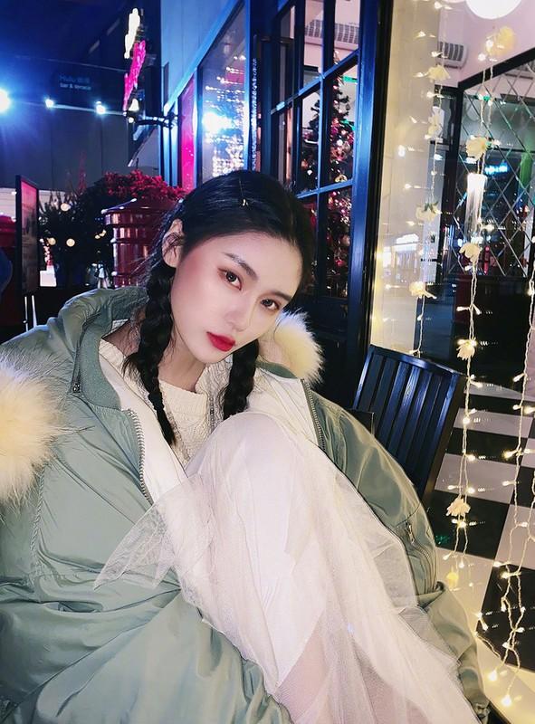 Hot girl 10x lo guong mat chua qua photoshop khien fan chay mat dep-Hinh-2