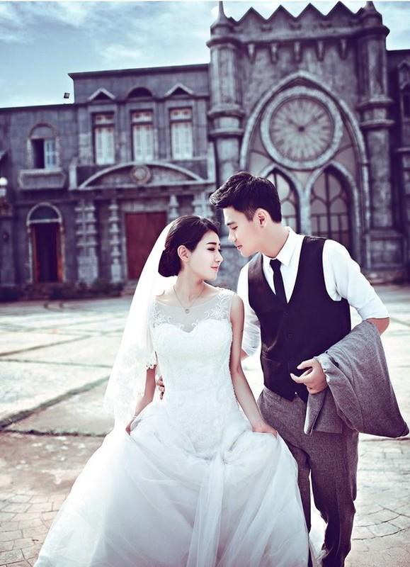Ki niem 4 nam ngay cuoi hot family Trang Lou choi lon voi qua khung-Hinh-10