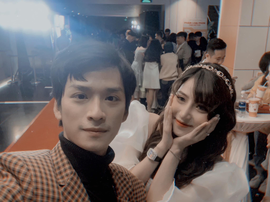 """Khong phai Ha Lan, day moi la co gai duoc thay Ngan """"Mat biec"""" lua chon-Hinh-6"""