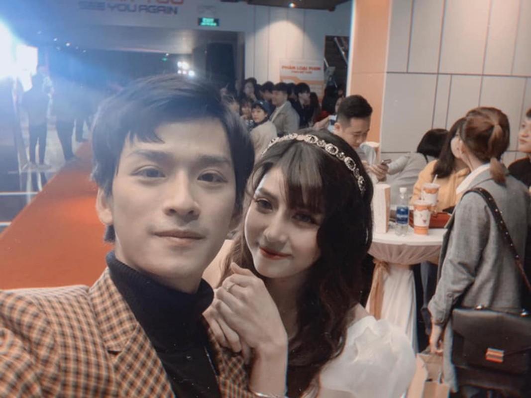 """Khong phai Ha Lan, day moi la co gai duoc thay Ngan """"Mat biec"""" lua chon-Hinh-7"""