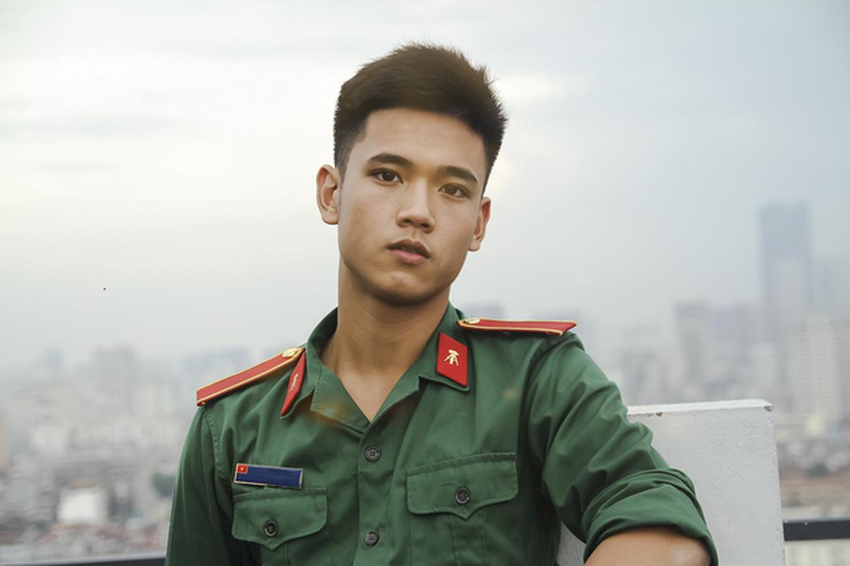"Diem danh dan hot boy ""mat bung ra sua"" noi tieng trong nam 2019-Hinh-2"