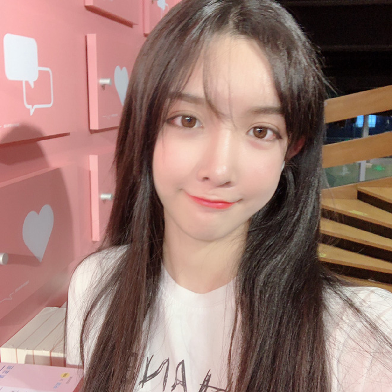 Lai them 1 hot girl Trung Quoc lo mat that doa CDM het hon-Hinh-6