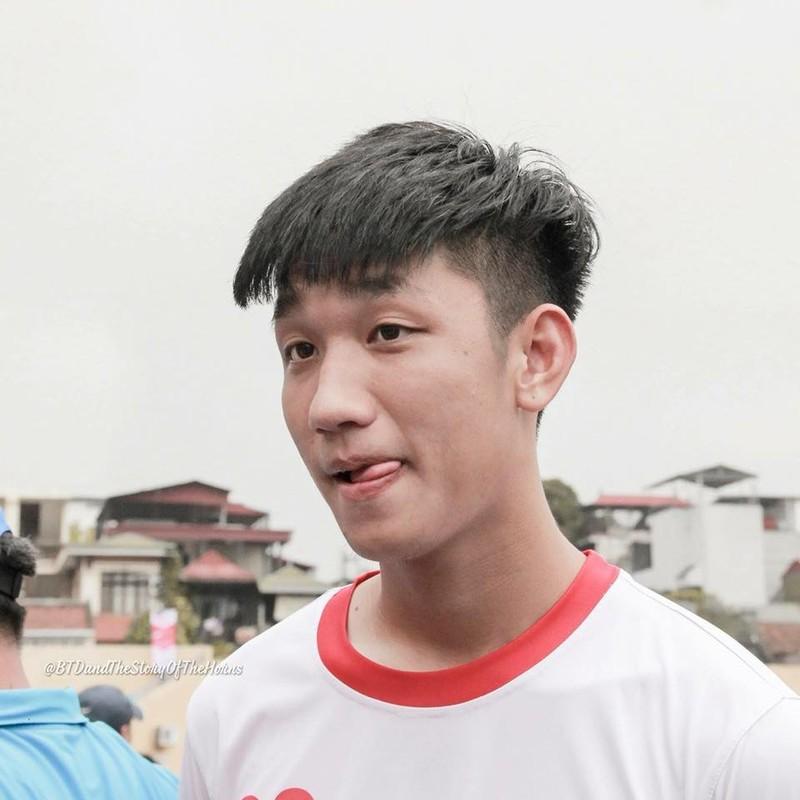 Bi loai khoi U23 Viet Nam, Trong Dai khong quen mua qua cho ban gai-Hinh-8