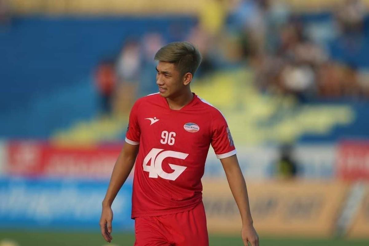 U23 Viet Nam: Thuong Chau nam ay nguoi chan thuong ke ngap phot tinh ai-Hinh-3