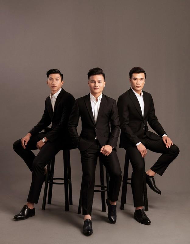 "Soi dan cau thu U23 Viet Nam mac vest ""kha banh""-Hinh-5"