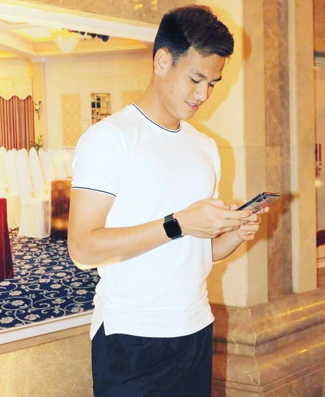 Cau thu U23 Viet Nam bi phat so huu body van nguoi me-Hinh-5