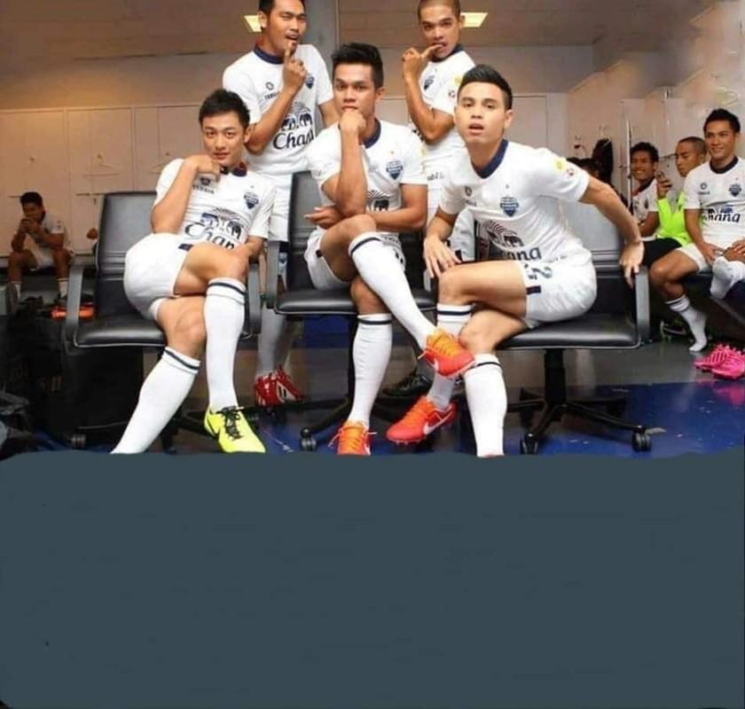 """Doi nha vao tu ket, CDV Thai Lan lap tuc """"ca khia"""" U23 Viet Nam-Hinh-4"""