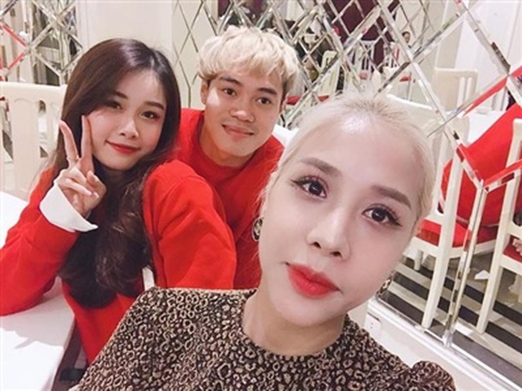 Mac dong doi lay vo, dan cau thu U23 Viet Nam van kin tieng yeu duong-Hinh-6