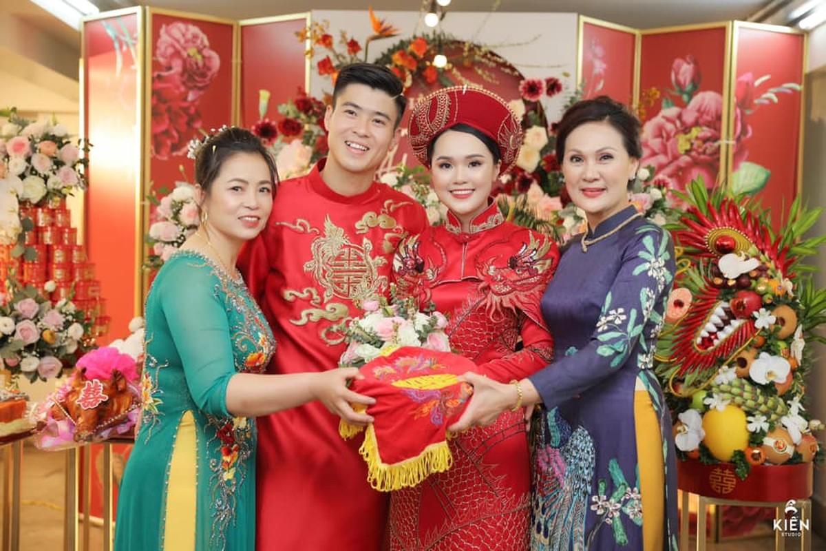 Xuan Truong gay bat ngo khi co mat tai dam hoi cua Duy Manh-Hinh-4