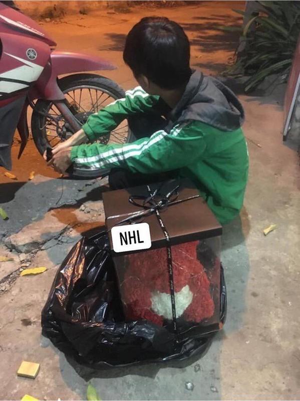 Dau long shipper bi bom hang, ngam ngui ngoi an pizza tren via he-Hinh-8