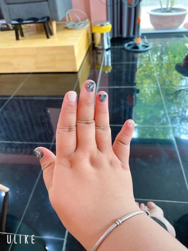 Hi hung lam nail don Tet, co gai nhan han cuoi nam-Hinh-5