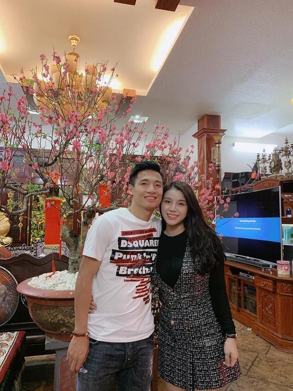 Vo Bui Tien Dung dap heo dau nam, nhin so tien rai rac duoi san phat them-Hinh-7