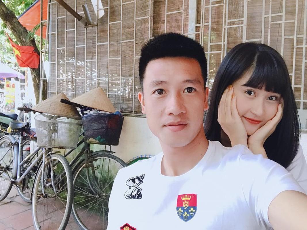 Vo Duy Manh va dan WAGs khoe thu nhap khung hon chong-Hinh-9