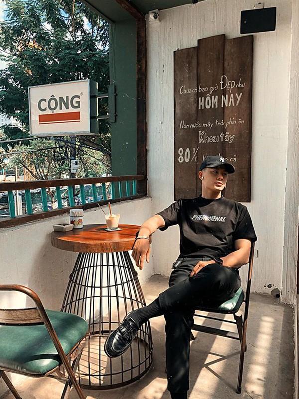 Khoe anh qua tinh tai Ninh Binh, chang trai duoc truy tim gap-Hinh-6