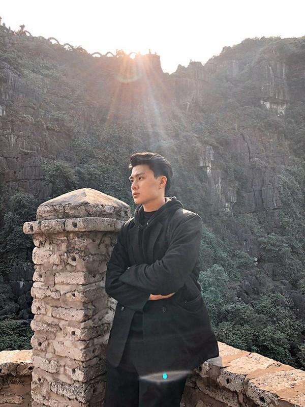 Khoe anh qua tinh tai Ninh Binh, chang trai duoc truy tim gap