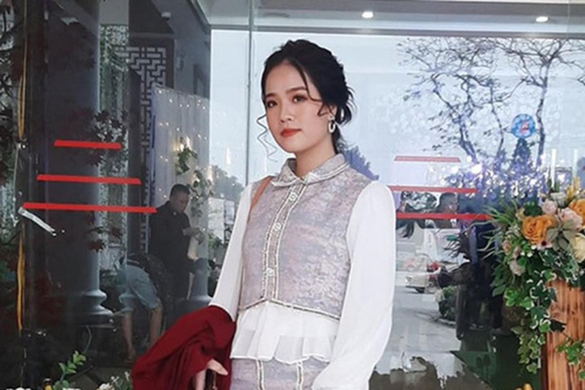 Vo Phan Van Duc he lo chuyen gi ve co chu tiem nail cua Quang Hai-Hinh-4