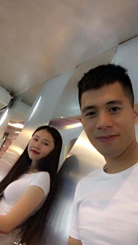"""Ban gai Dinh Trong: Nang WAGs """"sach phot"""", xinh xan va kin tieng-Hinh-5"""
