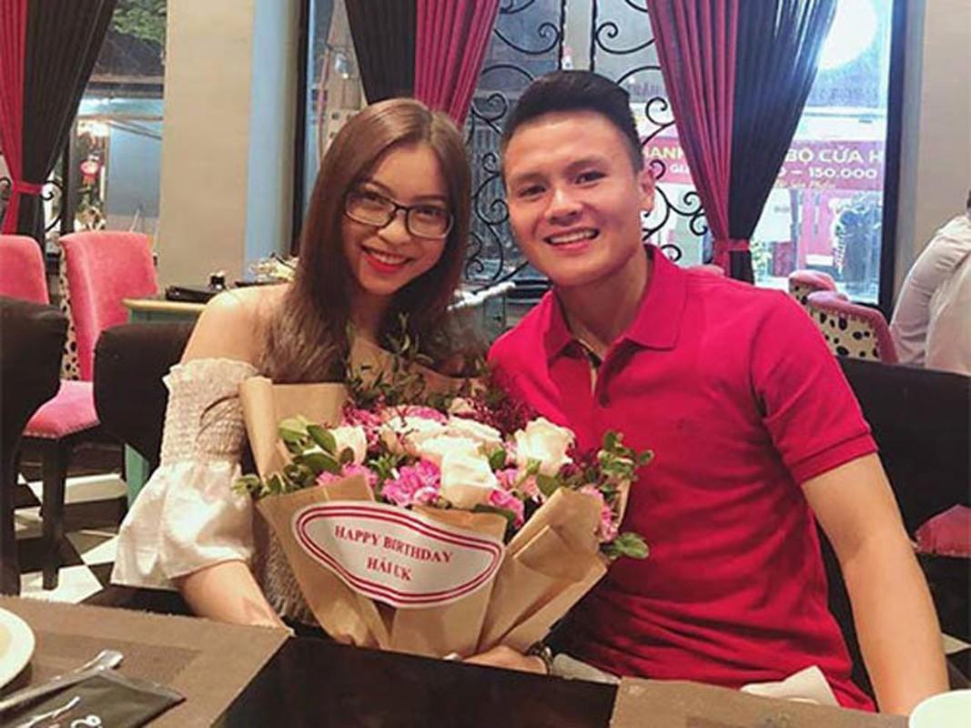 Quang Hai dang anh mac ao hong nhung quan trong chua co nguoi yeu-Hinh-5