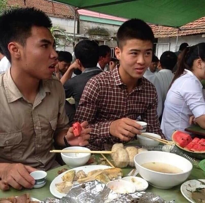 "Duy Manh tiet lo bi mat dong troi it biet ve ""quang tu"" Duc Huy-Hinh-9"