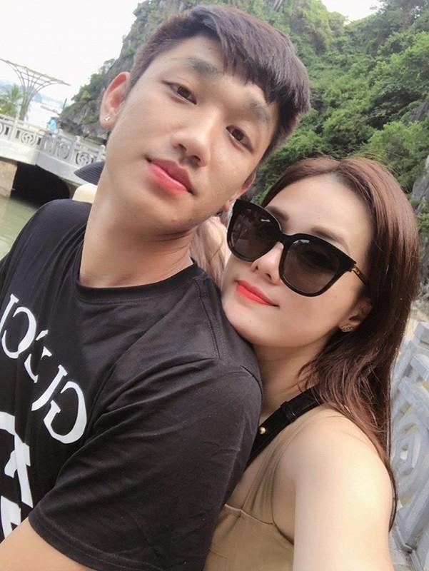 """Ban gai Trong Dai muon co nguoi yeu sau rum beng bi """"cam sung""""-Hinh-6"""