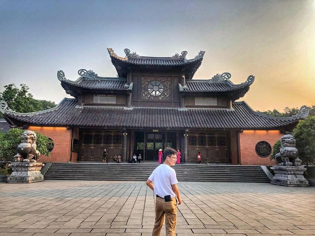 Chang canh sat nhan trieu like chi voi nu cuoi tren moi-Hinh-6