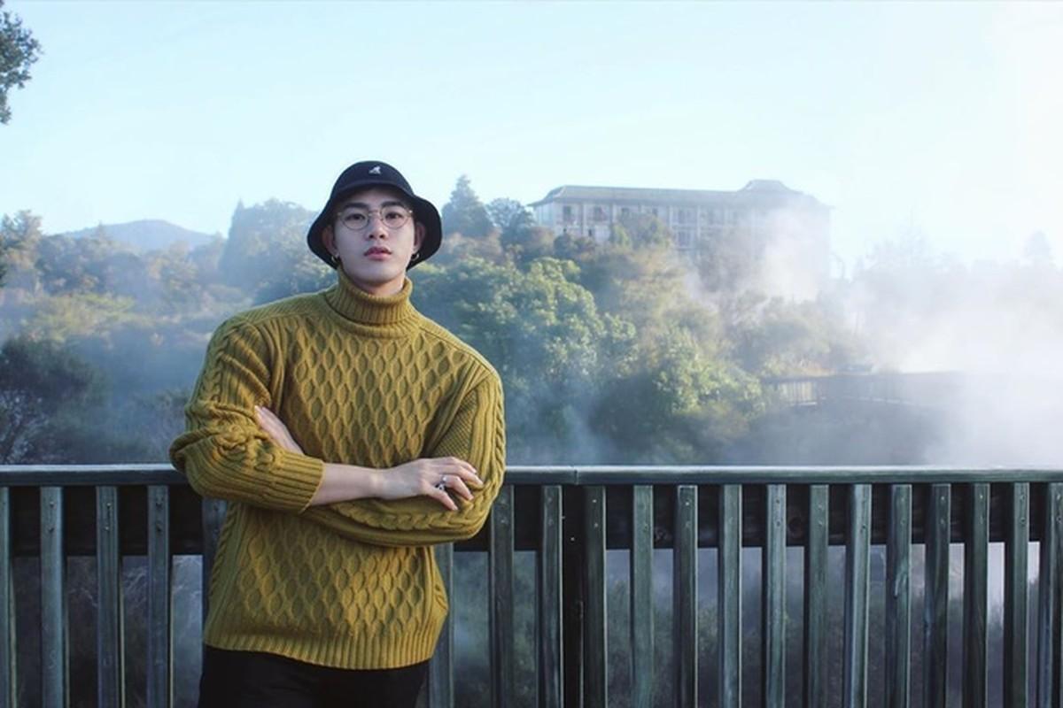 Thay giao dep trai nhu nam than, dung chuan Duong Lam Hang trong tieu thuyet-Hinh-3