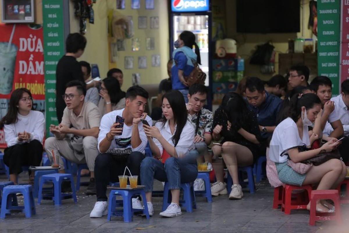 Zoom ky nhan sac nu dien vien vua xac nhan hen ho voi Tien Linh-Hinh-2
