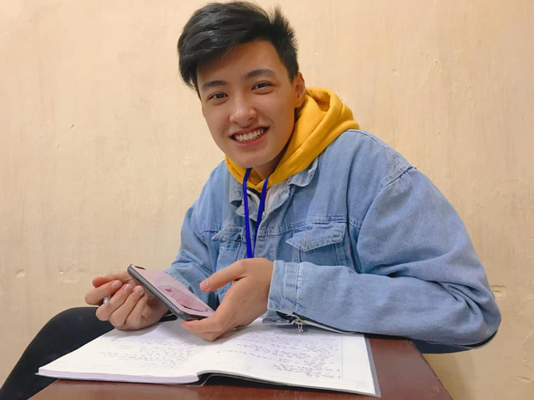 Chang hot boy 2K3 co gi khien hoi chi em phai yeu den the?
