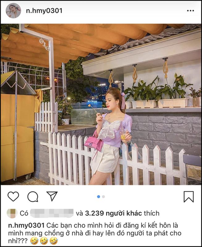"Sau rum beng voi Quang Hai, ""co chu tiem nail"" bi nghi hen ho Trong Dai?-Hinh-4"