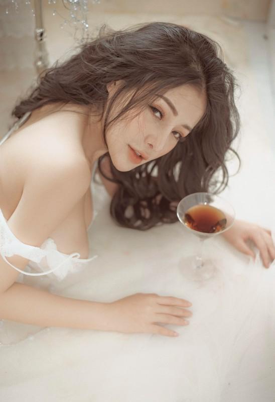 Hot girl tai tieng Ngan 98 lan dau duoc dan tinh khen vi dieu nay-Hinh-7