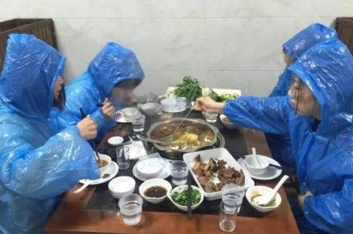 Khong phai khau trang, day la thu duoc dan tinh san lung giua mua Covid-19-Hinh-2